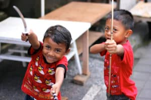 enfants balinais indonesie